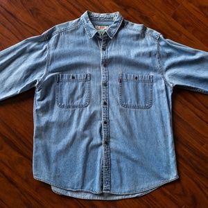 Vintage 90s Levis Longsleeve Denim Button Up Shirt